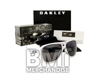 OAKLEY SUNGLASSES- STRAPPED